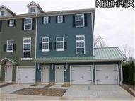28 Grandview Dr Rocky River OH, 44116