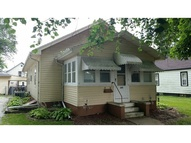 609 S 1st St Knoxville IA, 50138