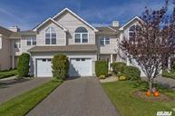 2802 Bayberry Path Riverhead NY, 11901