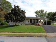 2 Valley Green Dr Aston PA, 19014