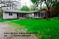 3245 W Long Lake Road West Bloomfield MI, 48323