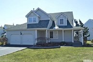 14 Spinnaker Ln East Patchogue NY, 11772