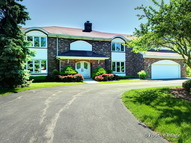 183 Saddle Brook Drive Oak Brook IL, 60523