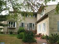 66 Market Ln Greenwich NJ, 08323