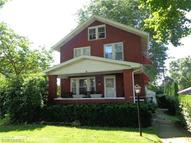 418 East 10th St Dover OH, 44622