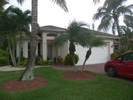 598 106th Ave N Naples FL, 34108
