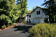 204 Wild Fern Dr Winchester OR, 97495