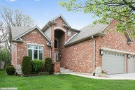 248 Highland Road Willowbrook IL, 60527