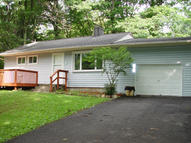 126 Fairview Ave Mount Pocono PA, 18344