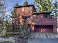 3211 Nw Luray Ter Portland OR, 97210