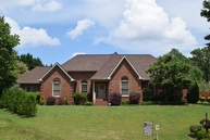 86 Woodmanor Jackson TN, 38305