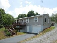 395 Fellers Cove Road Mosheim TN, 37818