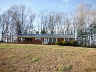 556 County Road 890 Etowah TN, 37331