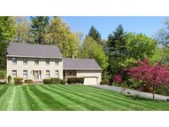 90 Irving Drive Weare NH, 03281