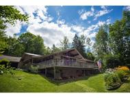 38 Gilcrist Rd Stowe VT, 05672