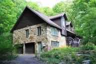 44 Bluet Ct Terra Alta WV, 26764