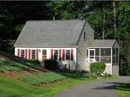 27 Chatfield Dr Litchfield NH, 03052
