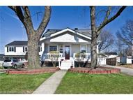 1547 Crestwood Rd Mayfield Heights OH, 44124