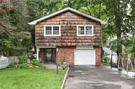 345 Coolidge Dr Centerport NY, 11721
