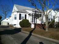 6 Montclaire Dr Near Absecon Border / Full Upstair Pleasantville NJ, 08232
