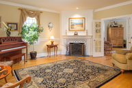 3 Barberry Row Chester NJ, 07930