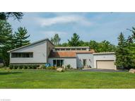 12140 Caves Rd Chesterland OH, 44026