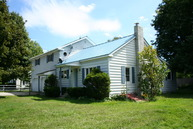 67 Meadow Lane Poultney VT, 05764