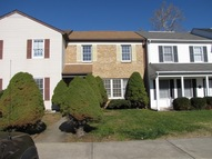 40 Mountaineer Ct Charles Town WV, 25414