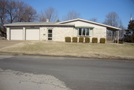 1208 W Beech Independence KS, 67301