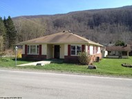 70 4th Street Hendricks WV, 26271