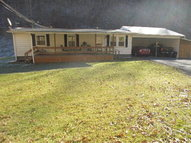 1405 Crooked Branch Rd Vansant VA, 24656