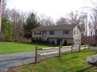 116 Lords Brook Rd Greeley PA, 18425