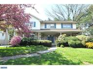 237 Barclay Cir Cheltenham PA, 19012