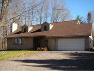 N2711 Mcgee Rd White Lake WI, 54491
