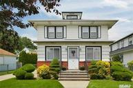 89 Charles St Floral Park NY, 11001