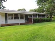 2521 N Parkview Dr Norristown PA, 19403