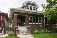 5025 North Kildare Avenue Chicago IL, 60630