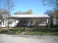 303 East Thomas Ave Shenandoah IA, 51601