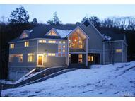 1137 East Mountain Road Cold Spring NY, 10516