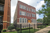 7028 North Ridge Boulevard 2n Chicago IL, 60645