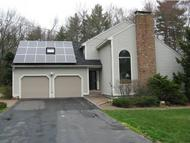 35 Standish Way Amherst NH, 03031