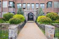 94-11 69th Ave 302 Forest Hills NY, 11375