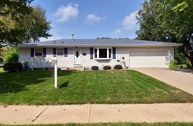 330 Kennedy Dr Oregon WI, 53575
