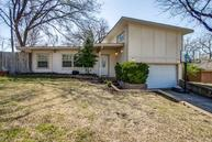 943 Bridget Lane Dallas TX, 75218