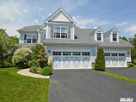 39 Applause Dr Eastport NY, 11941