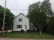 405 Quincy St Oconto Falls WI, 54154