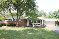 3324 Woodland Parkway Columbus IN, 47203
