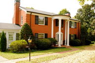 2802 Riedling Dr Louisville KY, 40206