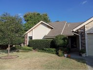 3119 Creekwood Ct. Norman OK, 73072
