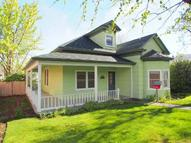 409 W 8th The Dalles OR, 97058